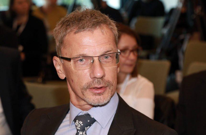 Guverner Vujčić se teško i nerado prisjeća tajnih sastanaka s lešinarskim fondom