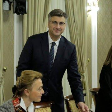 Plenković je trebao smanjiti poreze, a ne povećati minimalnu plaću