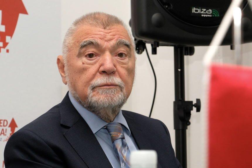 Stipe Mesić likuje: Hvali Milanovića i omalovažava Kolindu koju je usporedio s Nives Celzijus