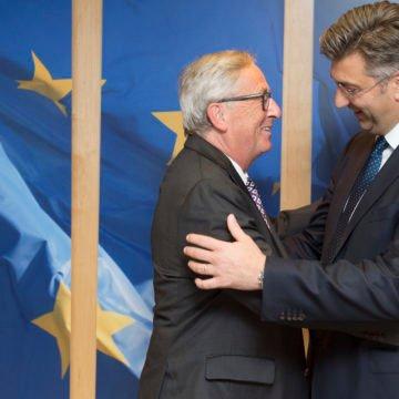 Plenković na političkom vrhu, a Hrvatska klizi prema dnu