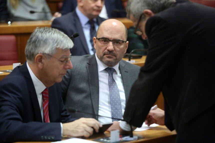 Rasplet afere SMS: Plenković definitivno otpisao Brkića