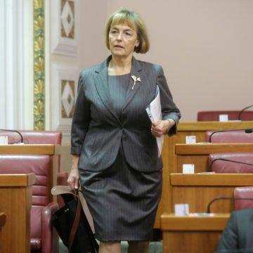 Vesna Pusić protiv Vesne Pusić: Je li za nju Željko Komšić legitimni predstavnik Hrvata?