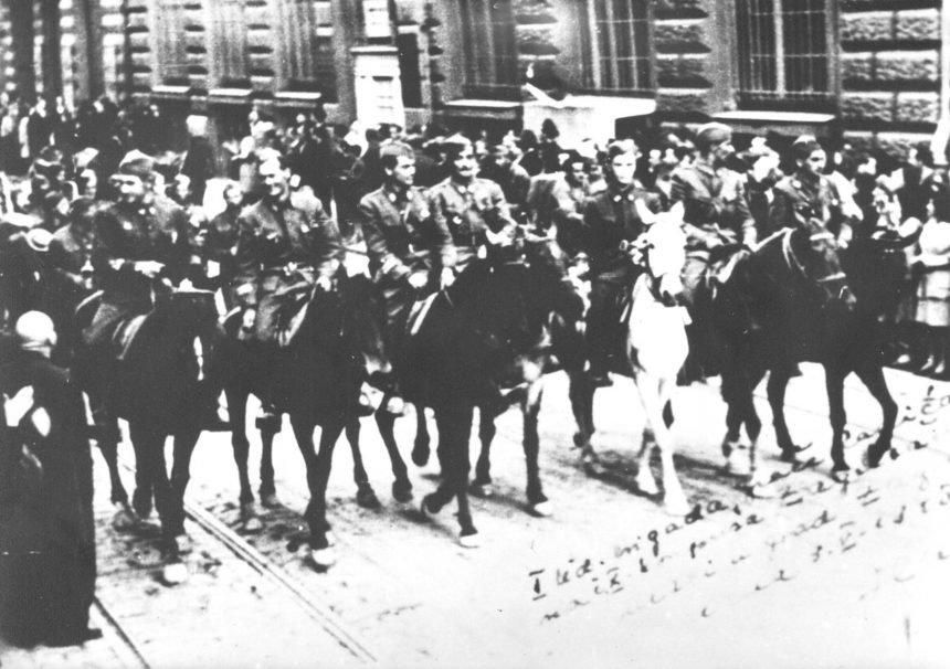 Zašto je Bandić pokrovitelj 75. obljetnice Desetog partizanskog korpusa u kojemu je bio i Tuđman?