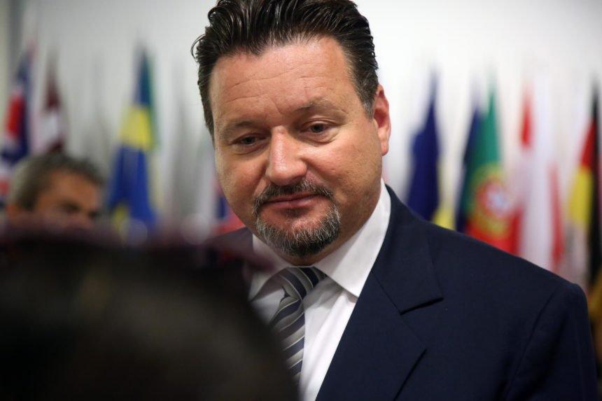 Viša matematika ministra Kuščevića: Bit će manje uhljeba, ali će ih zapravo biti više