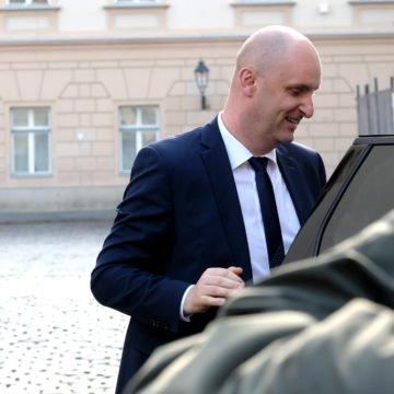 Afera Špic papak: Kako kriminalac Čupko pokušava spasiti ministra Tolušića i zastupnika Đakića