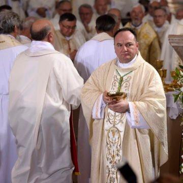 Biskup upozorava: S vjernicima se izruguje, a na račun Crkve zbijaju se neslane šale