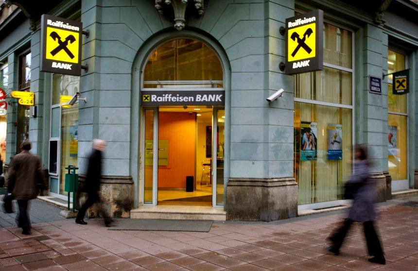 Nevjerojatan podatak: Banke naplaćuju građanima čak 400 naknada