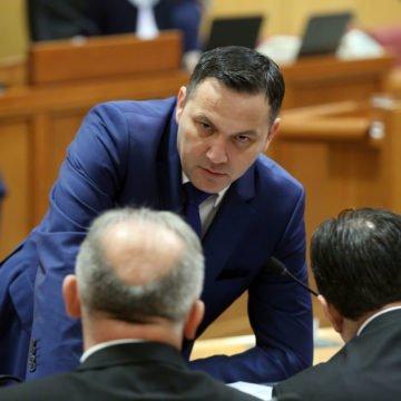 Je li Zdravko Mamić poklonio Marijanu Kustiću sat vrijedan gotovo 50.000 kuna?