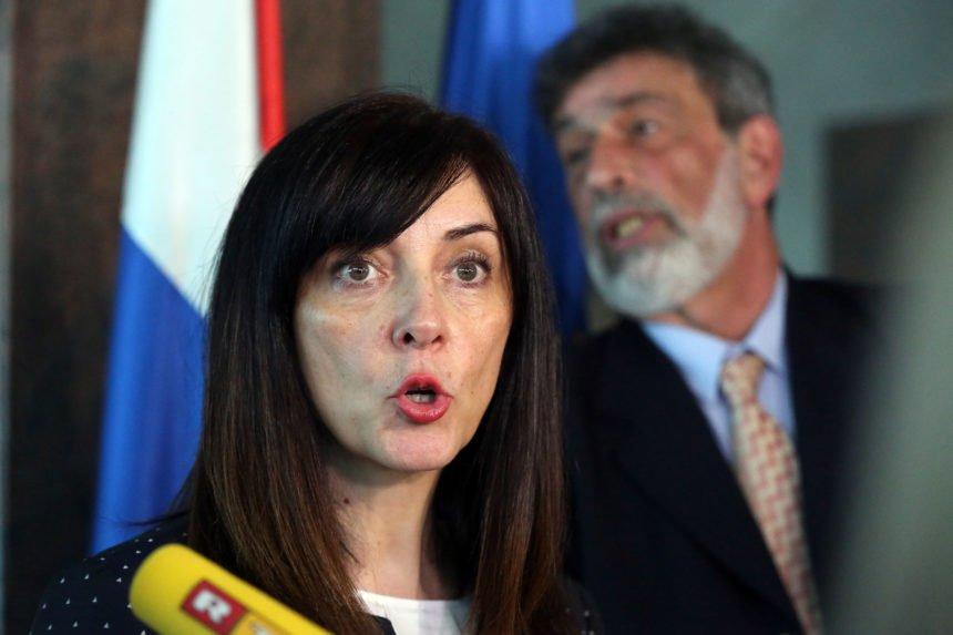 Ministrica Blaženka Divjak skriva troškove Škole za život: Ne želi otkriti koliko plaća mentore i PR agenciju