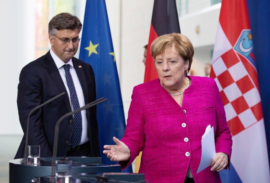 Angela Merkel odbila Viktora Orbana: Ne želi surađivati sa Salvinijem