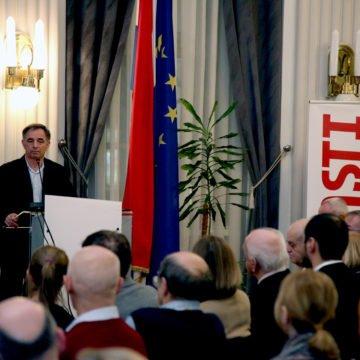 Kako će reagirati HDZ: Pupovčeve Novosti napale bliskog suradnika Andreja Plenkovića