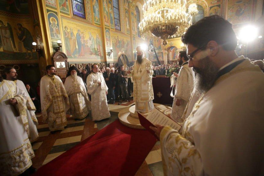 Vukovarski gradonačelnik Penava u pravoslavnoj crkvi na Uskrs: Ovaj čin govori više od tisuću riječi