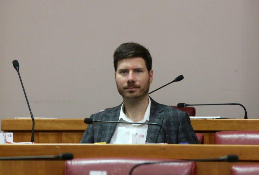 VELIKI INTERVJU S IVANOM PERNAROM (Drugi dio): Govori o tome zašto cijeni Ruse više od Amerikanaca, o masonima i vazalima u hrvatskoj Vladi, zašto ne podnosi Acu Stankovića
