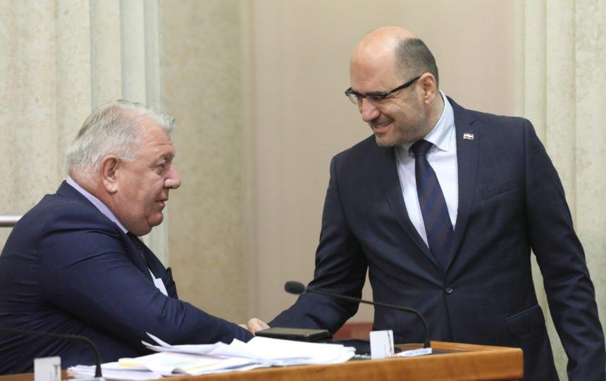 """Đakić nehotice otkrio kako funkcionira """"demokracija"""" u Virovitici:  Građani se moraju obratiti njemu, Kirinu i Tolušiću"""