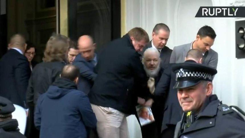 Britanci slavodobitno objavili: Uhićen Julian Assange!