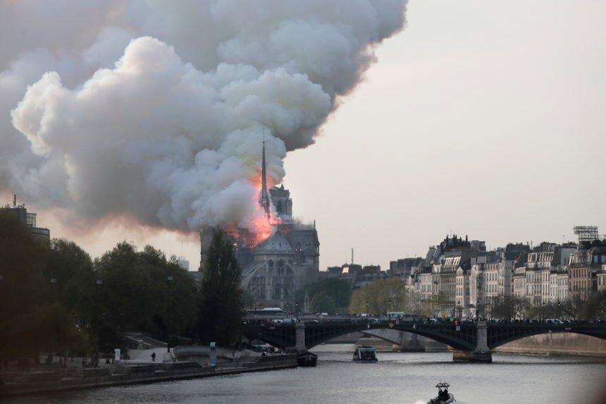 Hrvat iz Pariza napao Macrona: Francuska vlast nije vodila brigu o katedrali