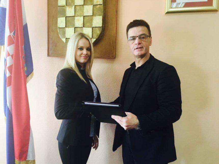 Uznemirena: Reagirala načelnica Anita Nosić koju je navodno špijunirao Milijan Brkić