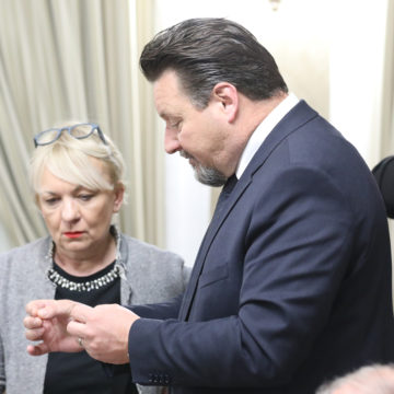 Kuščević tvrdi da je s Plenkovićem u dnevnom kontaktu: Hoće li podnijeti ostavku?