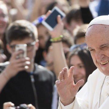 Papa Franjo iznad Hrvatske: Što je poručio predsjednici Kolindi