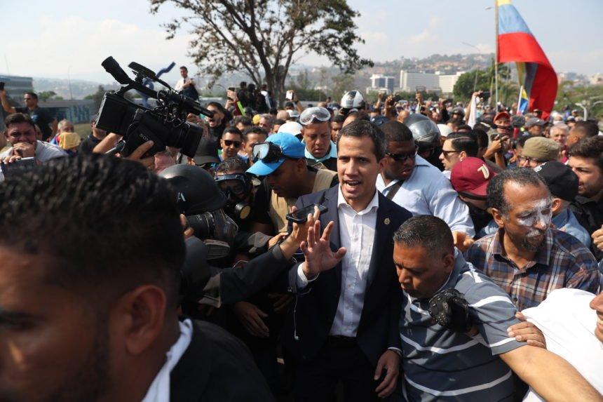 Puč u Venezueli: Maduro proglasio pobjedu i otkrio tko je stvarni vođa pobune?