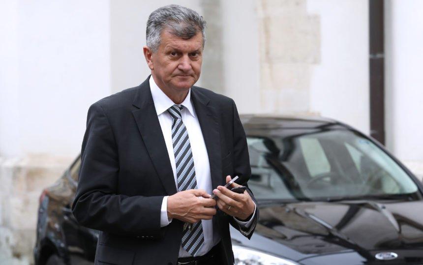 Plenković govori o tvrdoj kohabitaciji, a Kujundžić najavljuje idilu između premijera i Milanovića