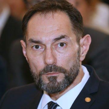 Branko Bačić postavio svojevrstan ultimatum Draženu Jeleniću: Treba se odrediti je li član masona ili nije