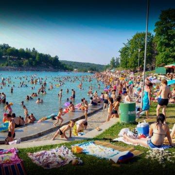 Tko pali srpske kuće u Orahovici: Piromanska mafija želi se domoći atraktivnog zemljišta uz jezero?