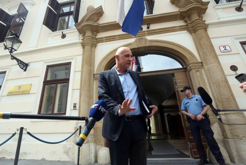 """HNS će tražiti ostavku Kuščevića: """"Vjerujem da će premijer poslušati zdrav razum"""""""