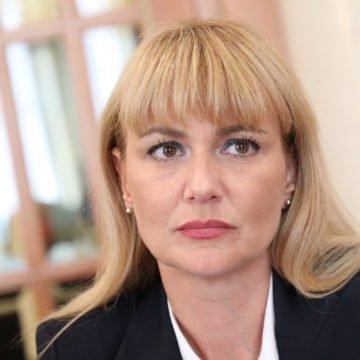 Bruna Esih otkrila zašto je ljutita na Bujanca i Hasanbegovića, a između redaka kritizirala i Matu Radeljića: Kolinda  joj je bliža od Škore?