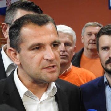 Matija Posavec krenuo u pregrupiranje: Za početak se ispričao što je Vrdoljak ušao u koaliciju s HDZ-om