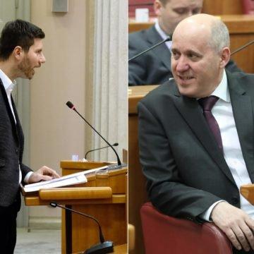 """Pernar optužio HDZ: """"Besplatne stanove daju azilantima a mlade obitelji guraju u kredite."""""""