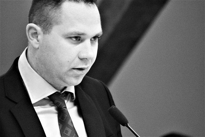 Pravda za pokojnog Sinišu Palma: Virovitičani traže istinu i najavljuju prosvjede protiv gradonačelnika Kirina