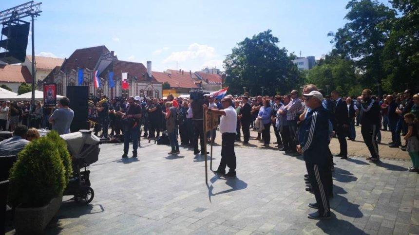 """Međimurci na prosvjedu """"Želim normalan život"""": Nisu protiv Roma, upozoravaju na kriminal i kršenje zakona"""