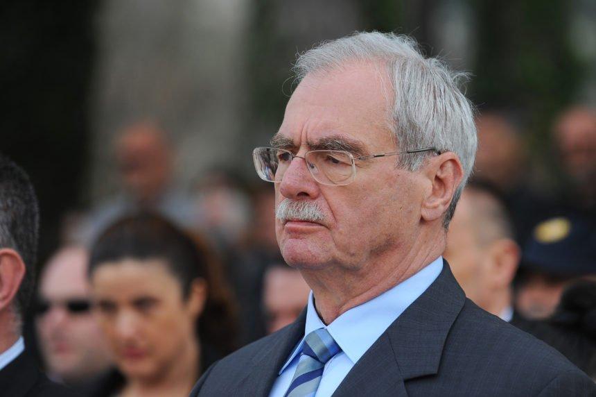 Hebrang tvrdi da je Plenković podlegao ucjenama Pupovca: Zamjera mu što je stranku odveo previše ulijevo
