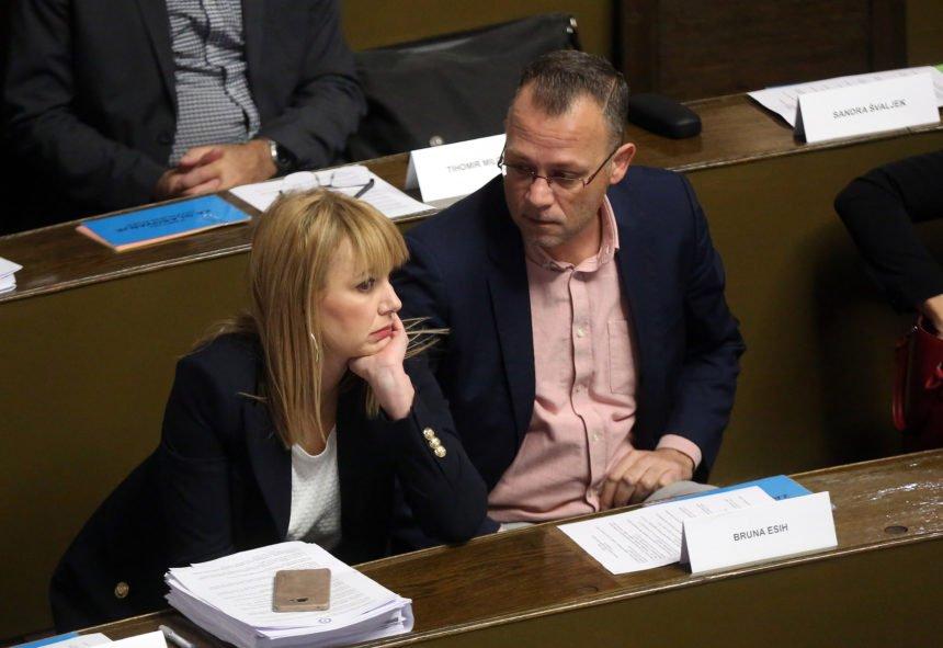 Sabor Neovisnih u Zadru: Raskol između Esih i Hasanbegović ili odmjeravanje snaga pred unutarstranačke izbore?