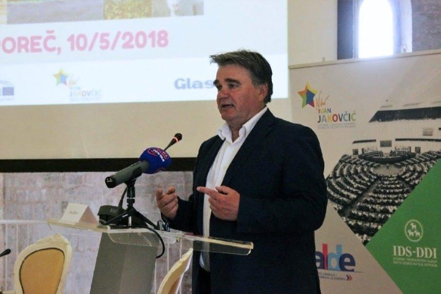 """Glas Istre """"kandidirao"""" za predsjednika """"liberala, Europejca i antifašista"""" Jakovčića: Zašto prešućuju njegove koruptivne radnje?"""
