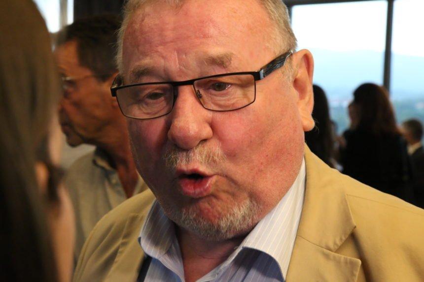 Šeks: Oporba je nanjušila krv, mediji vode križarski rat protiv Plenkovića i HDZ-a