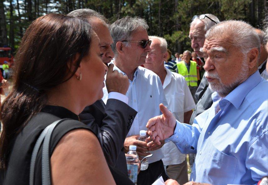 """Mesić u Srbu prozvao Plenkovića: Kako premijer može reći da je """"Za dom spremni"""" pozdrav s dvostrukom konotacijom"""