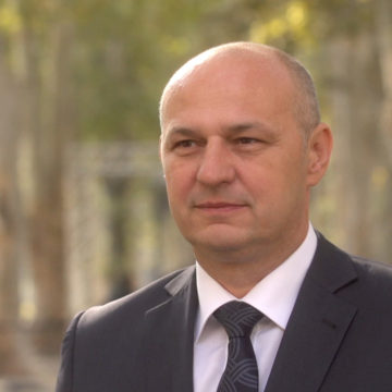 """Kolakušić: Europom dominiraju Njemačka i Francuska, Plenković je """"njihov dečko"""""""