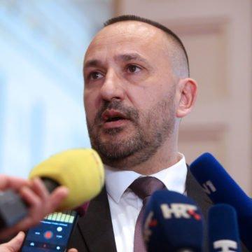 """Suverenisti ponovno u proceduru šalju zakon o lustraciji: """"Slučaj Perković dokazuje da Hrvatska nije pravna država"""""""