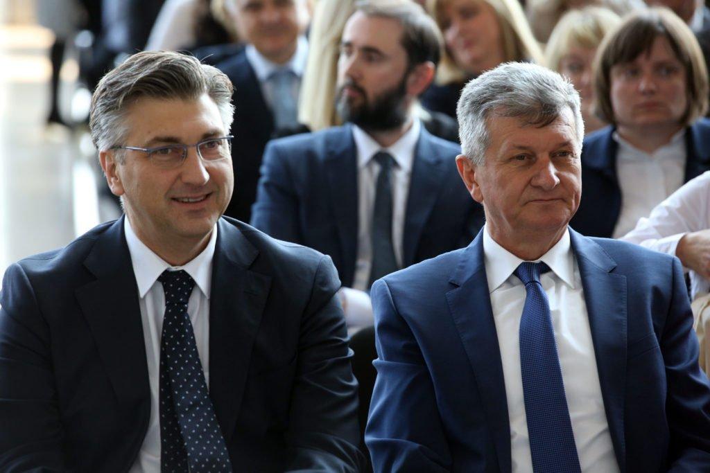 """Kujundžić poslao """"oproštajno"""" pismo: I dalje tvrdi da je žrtva orkestriranog medijskog napada"""