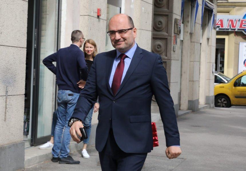 Afera SMS: Brkić pozvan na ispitivanje u Općinsko državno odvjetništvo u Osijeku