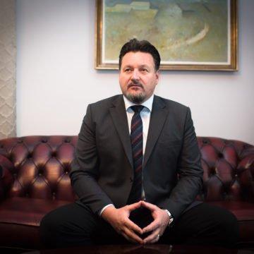 Kako posluje tvrtka kojoj je Lovro Kuščević omogućio milijunsku zaradu: Imaju nekretnine u Starom Gradu, Jelsi, Dioklecijanovoj palači
