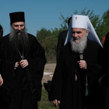 Patrijarh Irinej optužuje hrvatsku državu za planiranje zločina, a Katoličku crkvu za šutnju