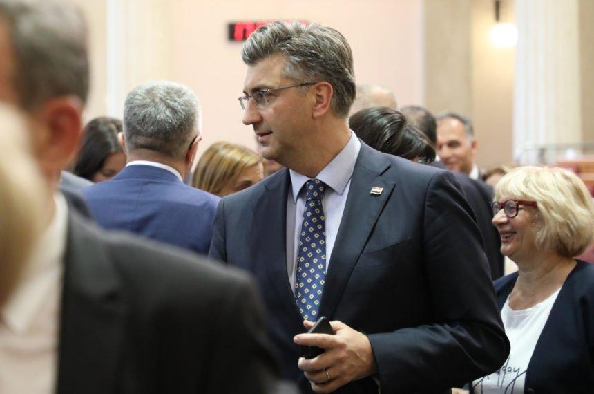 """""""Hrabri"""" su samo na društvenim mrežama: Plenković ponovno kritizirao Škoru i Milanovića?"""