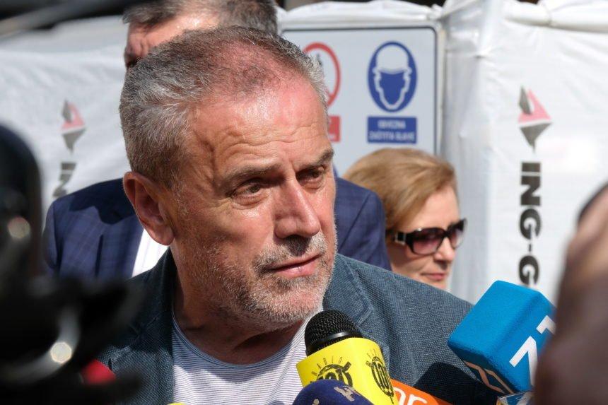 Ispraćaj Bandićeve majke u Hercegovini: Gradonačelnikov protokol organizirao prijevoz autobusom