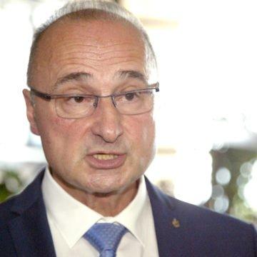 Ksenofobija, rasizam i netolerancija: Ministar Grlić Radman se dvostruko ograđuje od kontroverzne diplomatkinje Mađarević