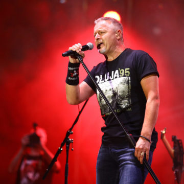 Lukava odluka HDZ-a: Organizirali Thompsonov koncert u Splitu da bi manje ljudi došlo gledati Škoru u Trilj?