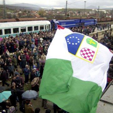 """Mještani Bosanskog Petrovca protiv migrantskog centra: """"Blokirat ćemo sve i borit ćemo se do zadnjeg"""""""