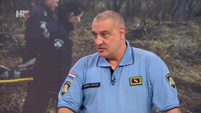 Bosanska policija gura ilegalne migrante u Hrvatsku: Zato su i napravili izbjeglički kamp uz granicu